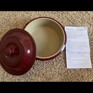 Pampered Chef Stoneware Round Covered Baker 6C1.5L